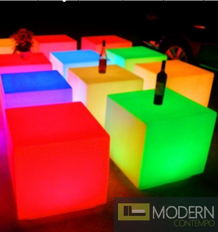 Captivating Illuminated Furniture Rechargeable LED CUBE With Color Change Remote