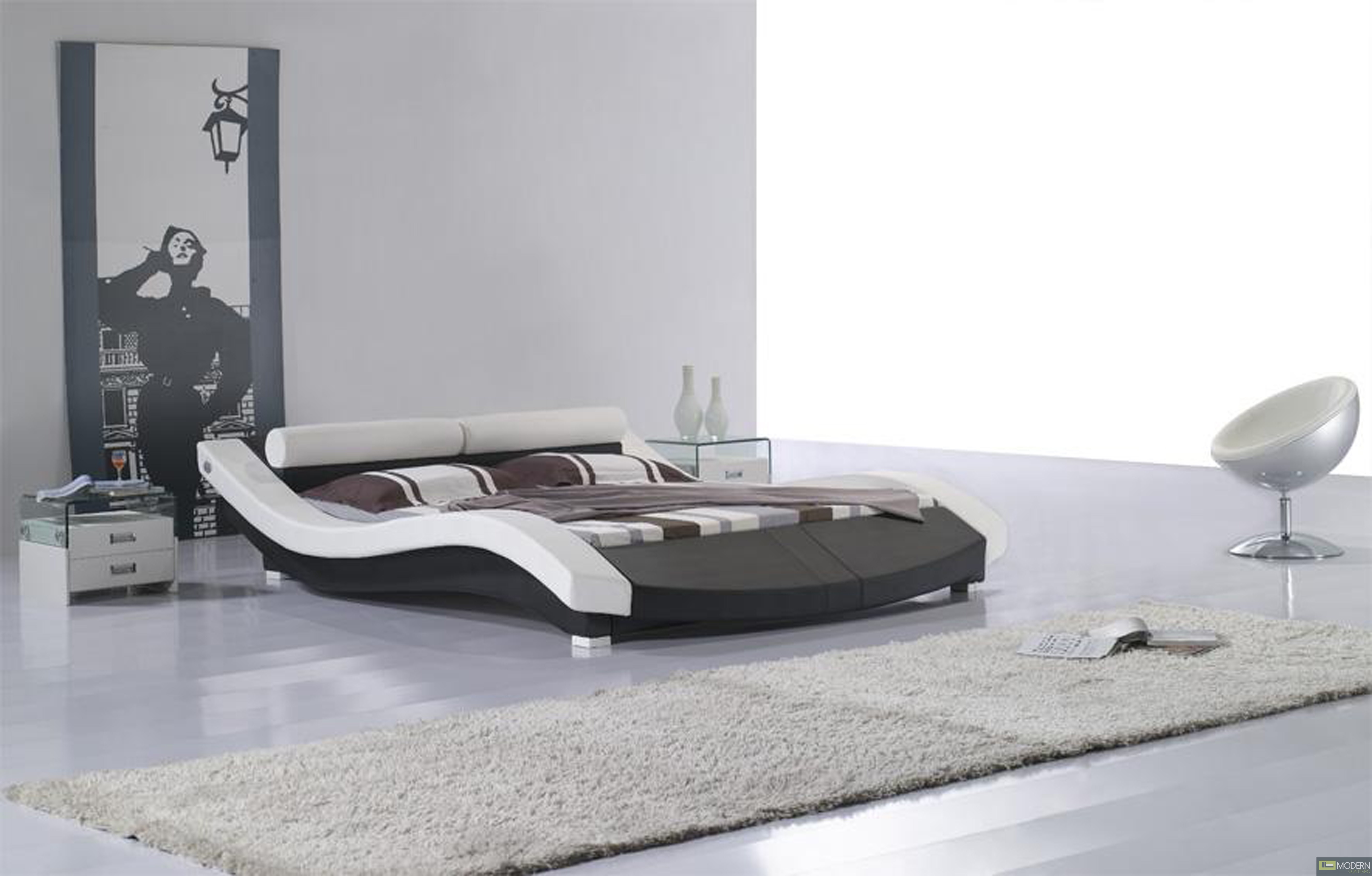 Modern contemporary queen sahara platform bed for Contemporary beds