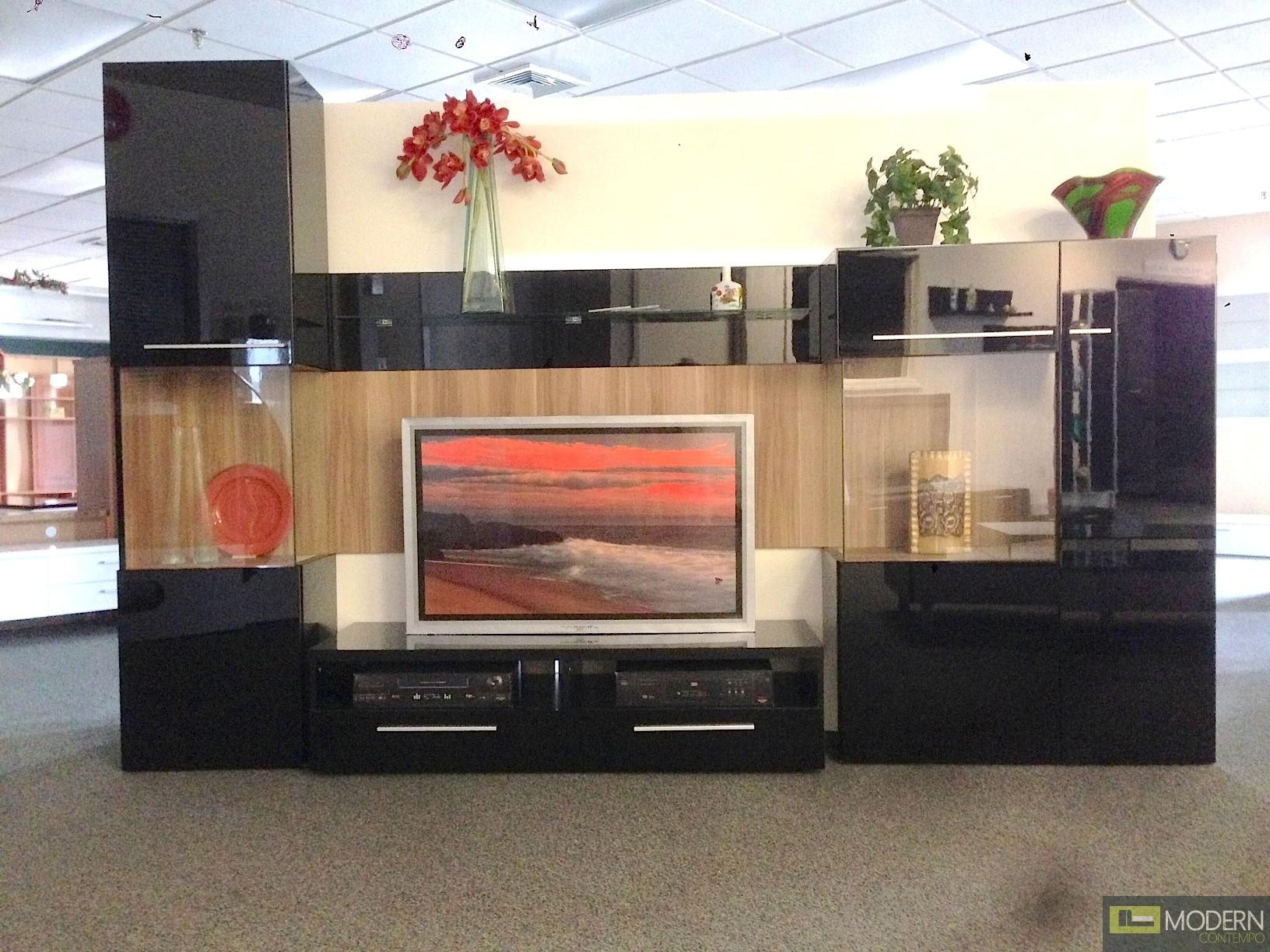 Modern Black high gloss lacquer finish wall Unit  TV Wall Unit. MCVAJD