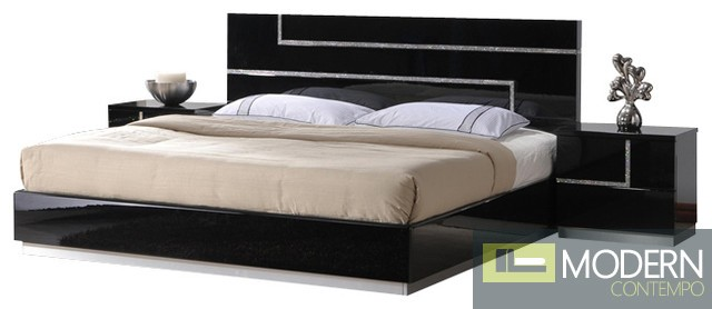 Potenza Black Lacquer Platform Bed With Rhinestones