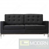 Button Loveseat in Leather, Black
