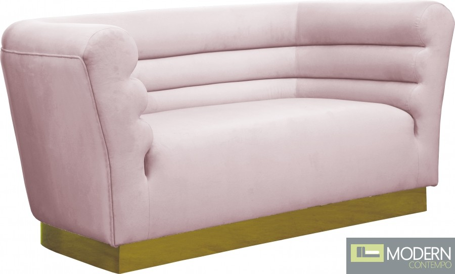 Cipriano Velvet Loveseat Pink