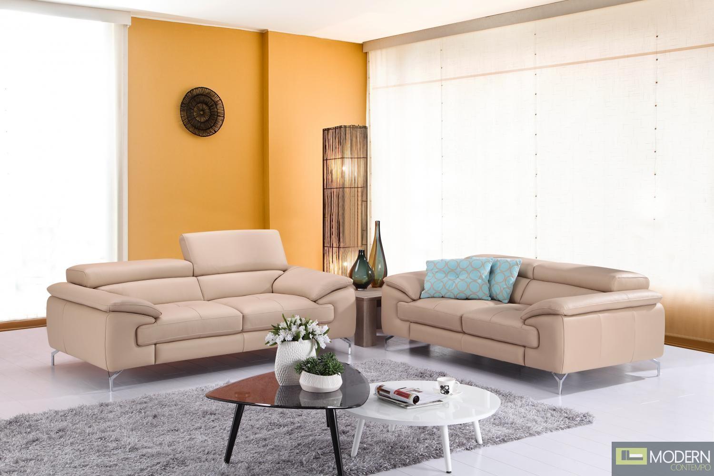 A973 Italian Leather Sofa in Peanut