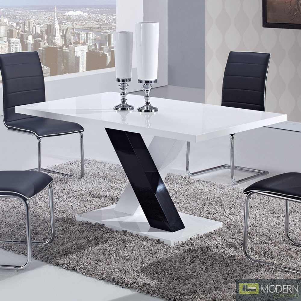 5 Pcs Modern Black And White Dining Room Table Amp Chairs