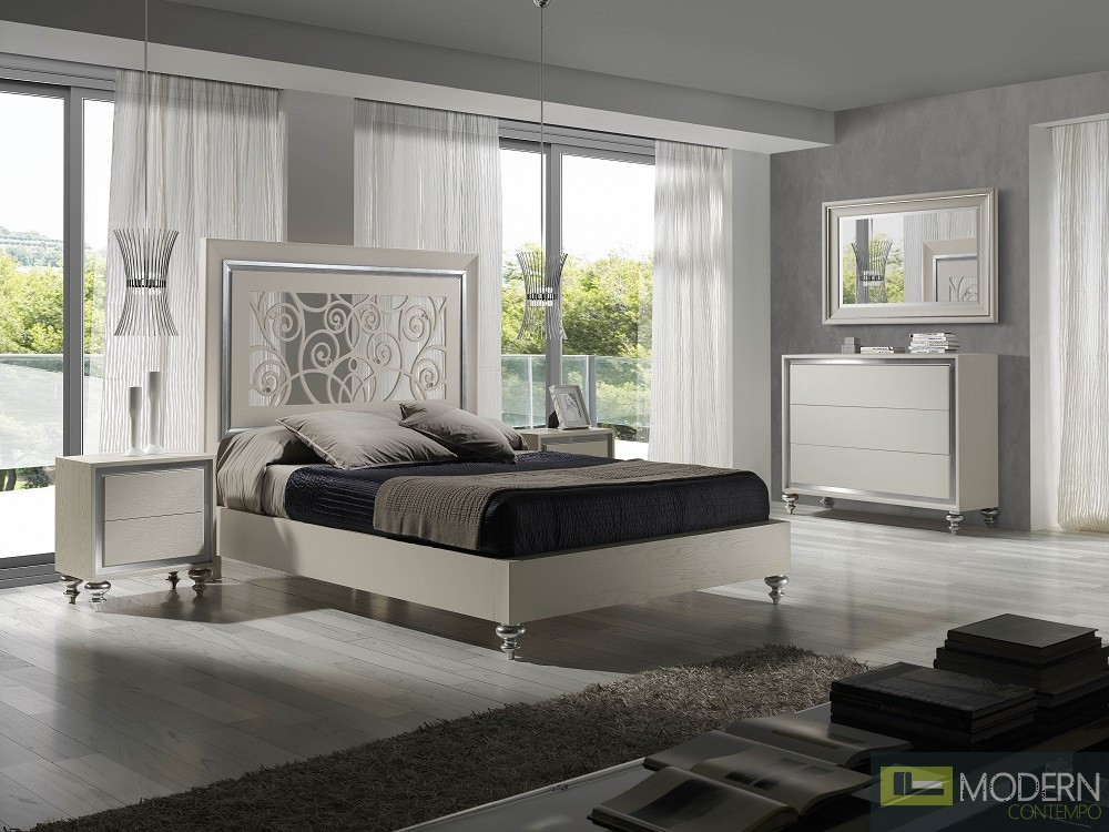 Alba Natural Oak Veneer Platform Bed