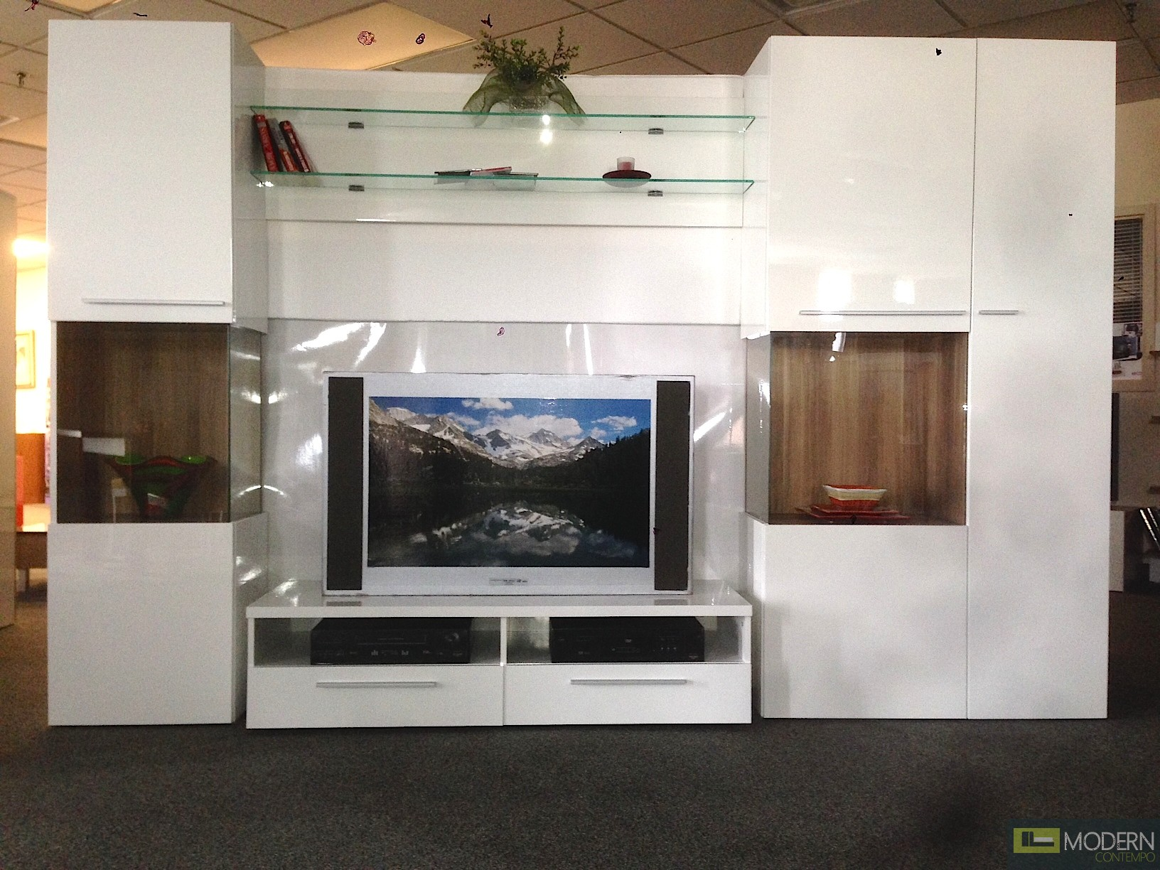 Modern White high gloss lacquer finish wall Unit  TV Wall Unit. MCVAJD