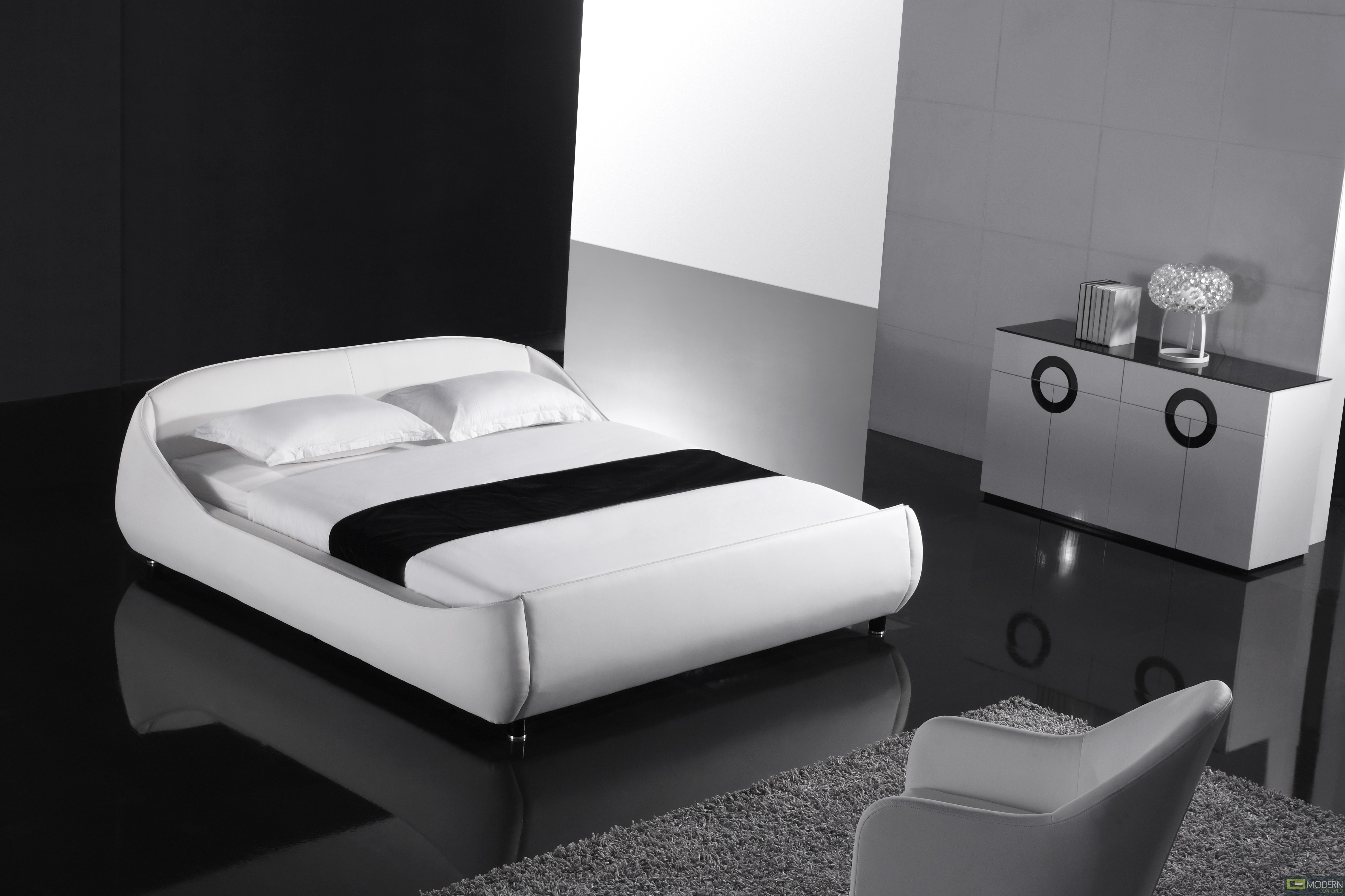 Yeolani Home Modern White Leather Platform Bed With Blue
