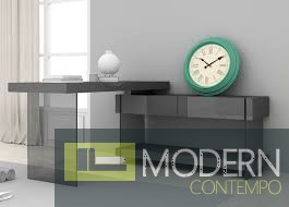 Zylina Modern Desk in High Gloss