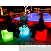 Cube 17 LED Indoor Outdoor Lamp