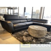 Accenti Italian Leather Sectional Black