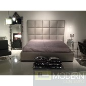 Square Leatherette platform Bed